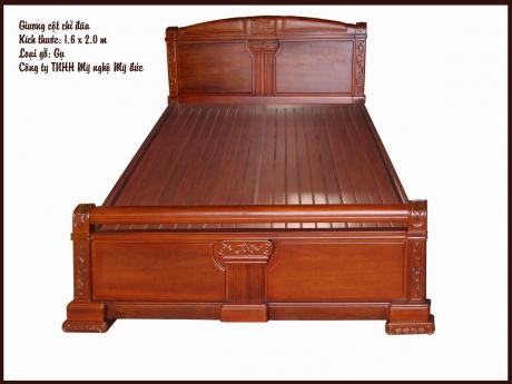 Giường ngủ cột chỉ đũa